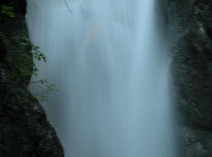 aqcowclose